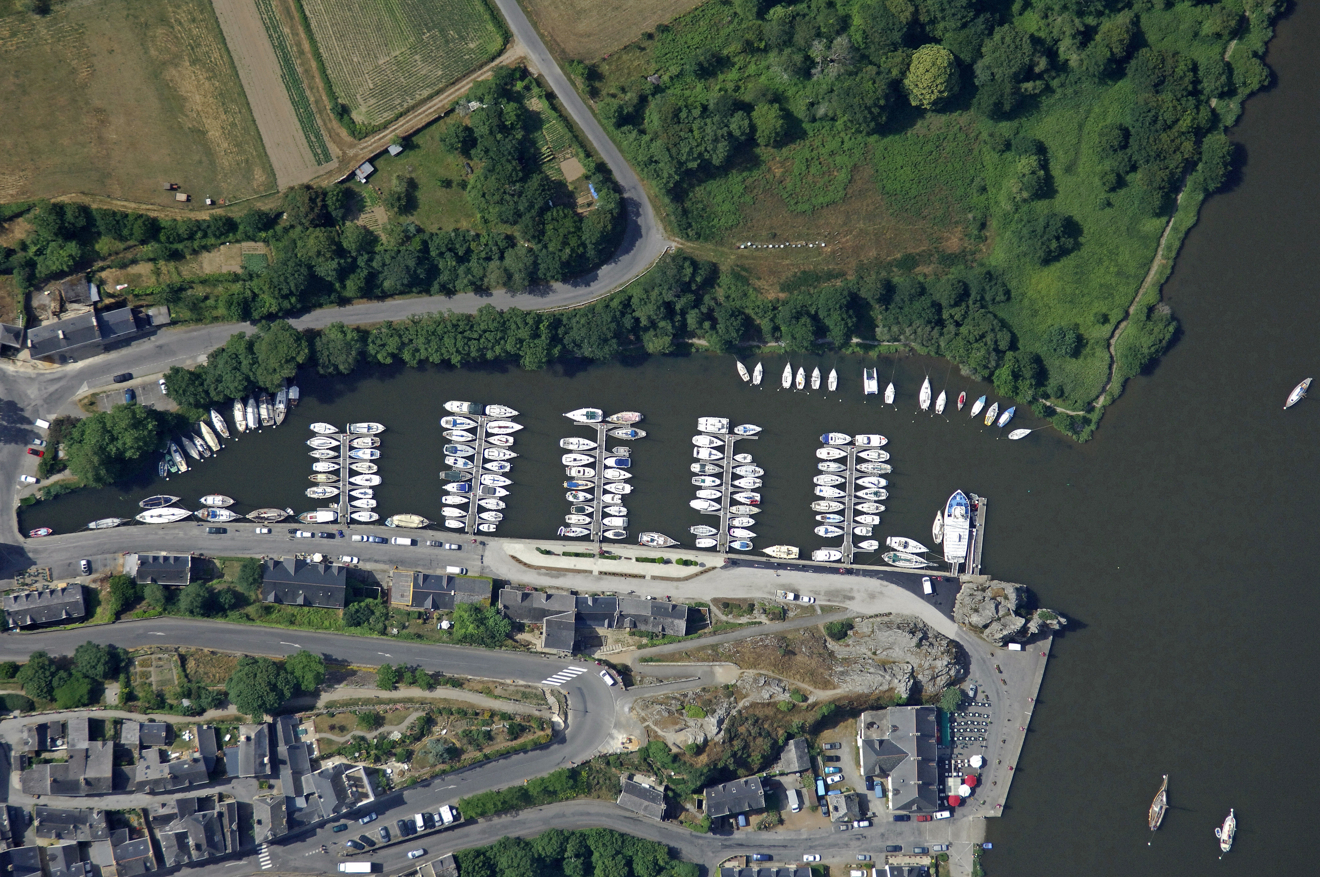 Port De Plaisance La Roche Bernard In La Roche Bernard Morbihan