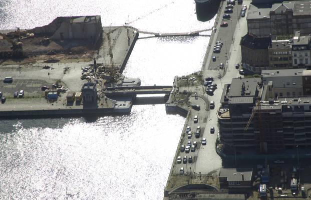 Nassau bridge