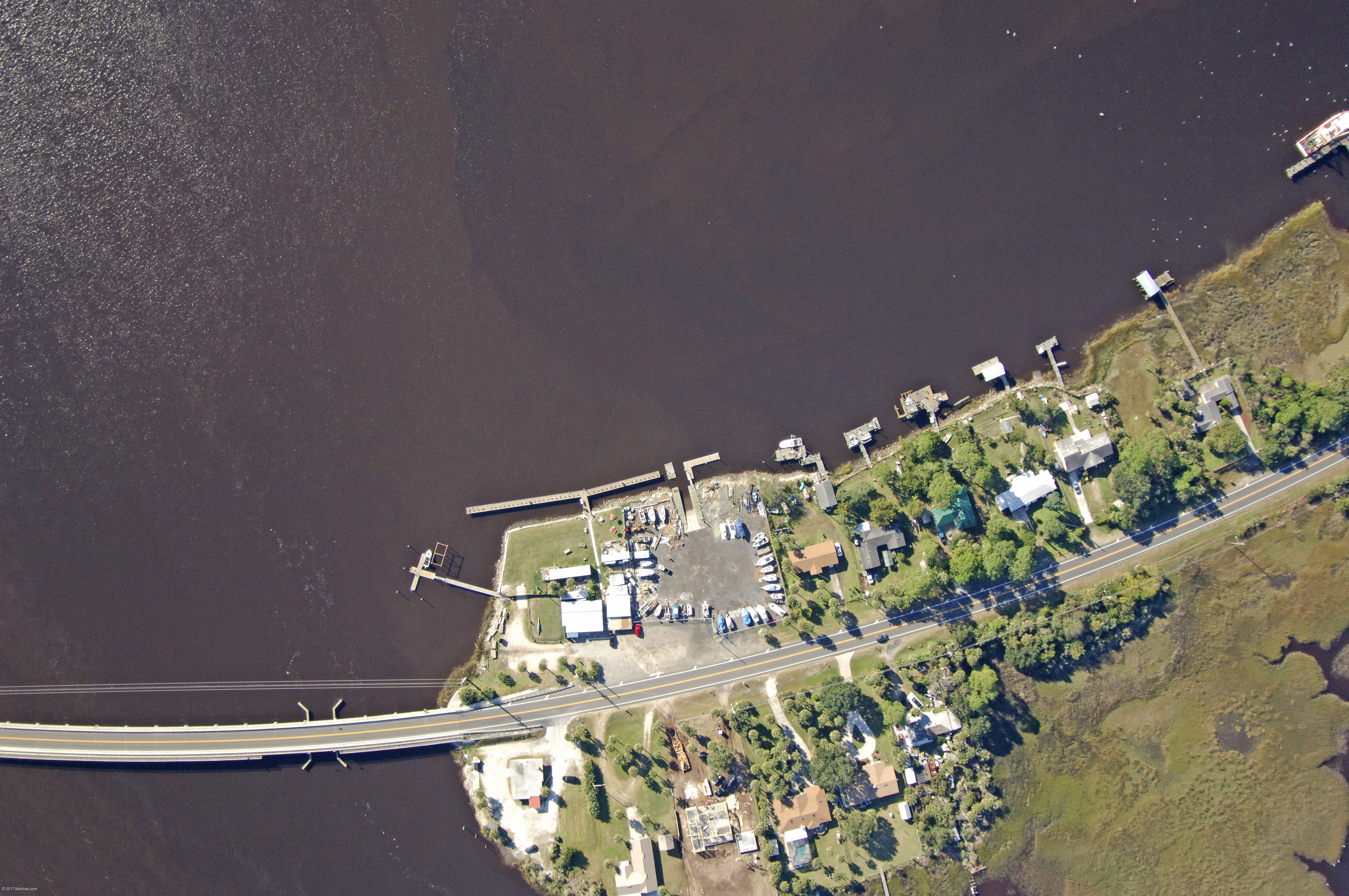 Brown 39 s creek fish camp inc in jacksonville fl united for Fish camp jacksonville
