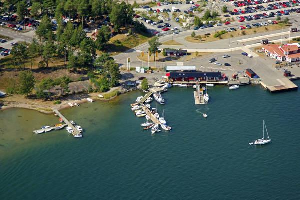 Stavsnaes Vinterhamn Marina