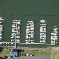 McCuddy's Steamboat Landing Marina