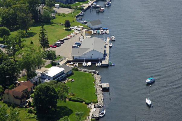 Pentwater Yacht Club