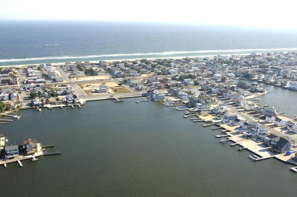 Island Marine Center