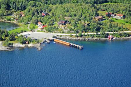 Kvitneset Ferry