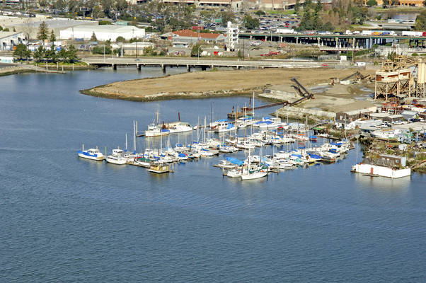 Fifth Avenue Marina
