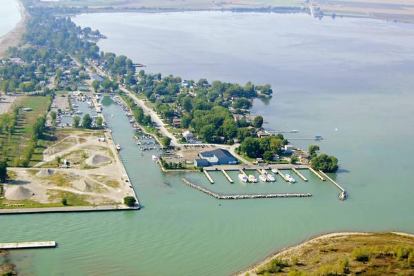 Erieau Marina