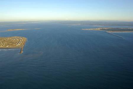 Grays Harbour Inlet