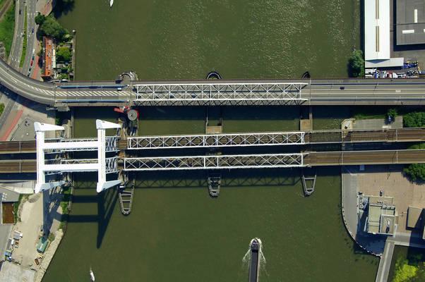 Verkeers Bridge