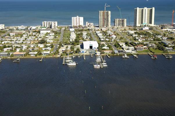 Seven Seas Marina & Boatyard