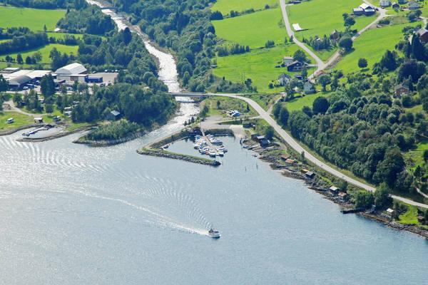 Mandalen Yacht Harbour