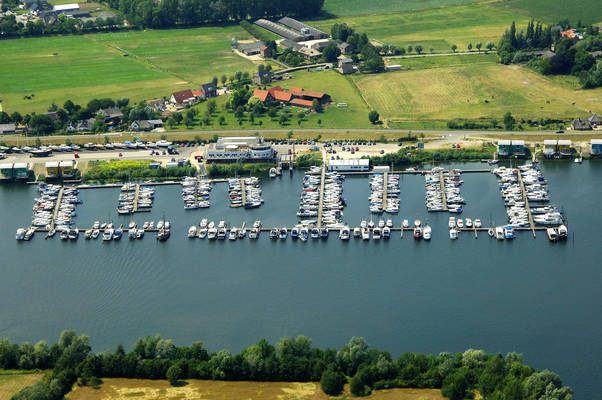Maasbommel Watersport Marina