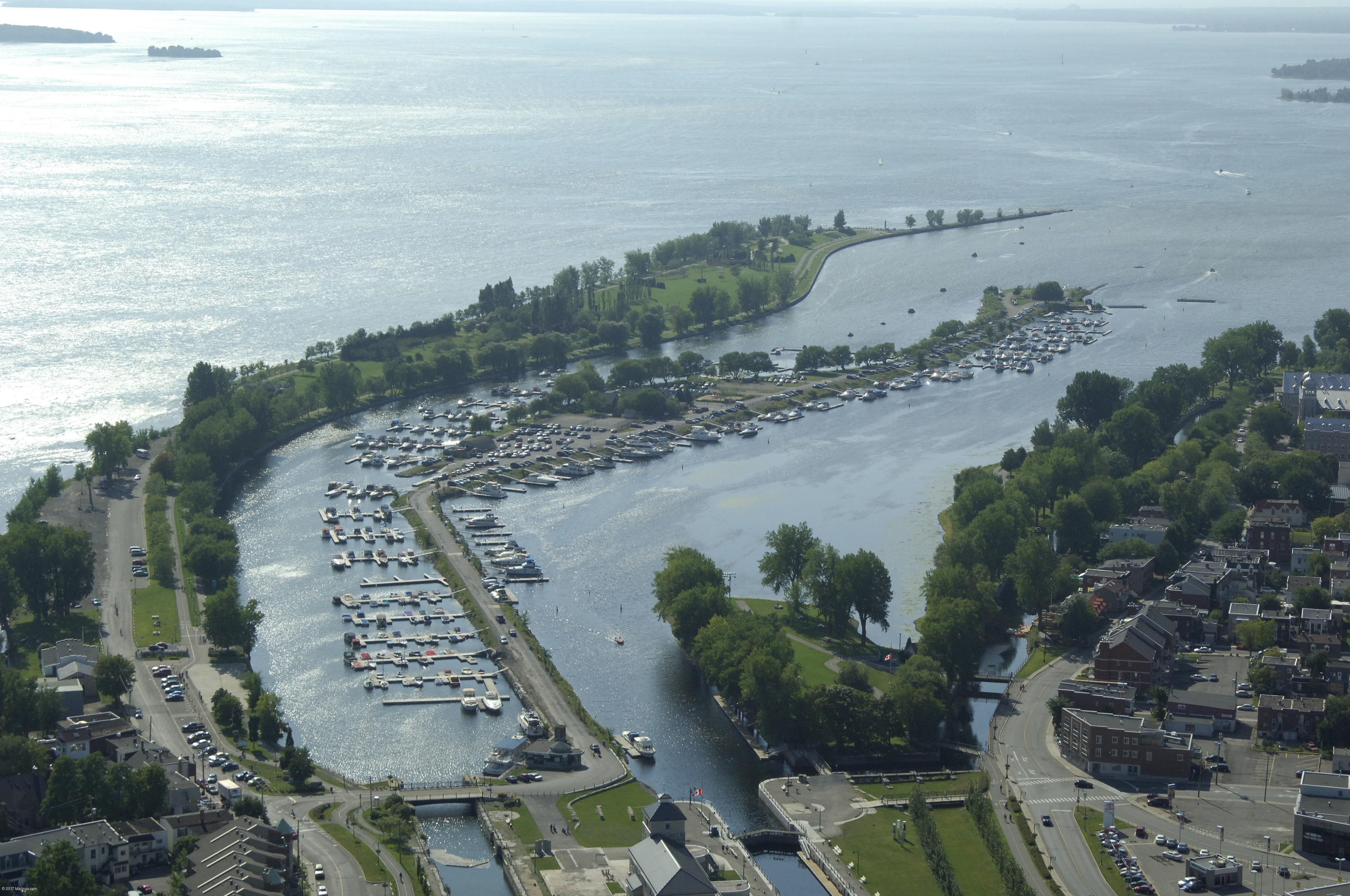 Le port de plaisance de lachine in lachine qc canada for Le jardin de plaisance 87