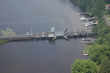 563 Bascule Bridge