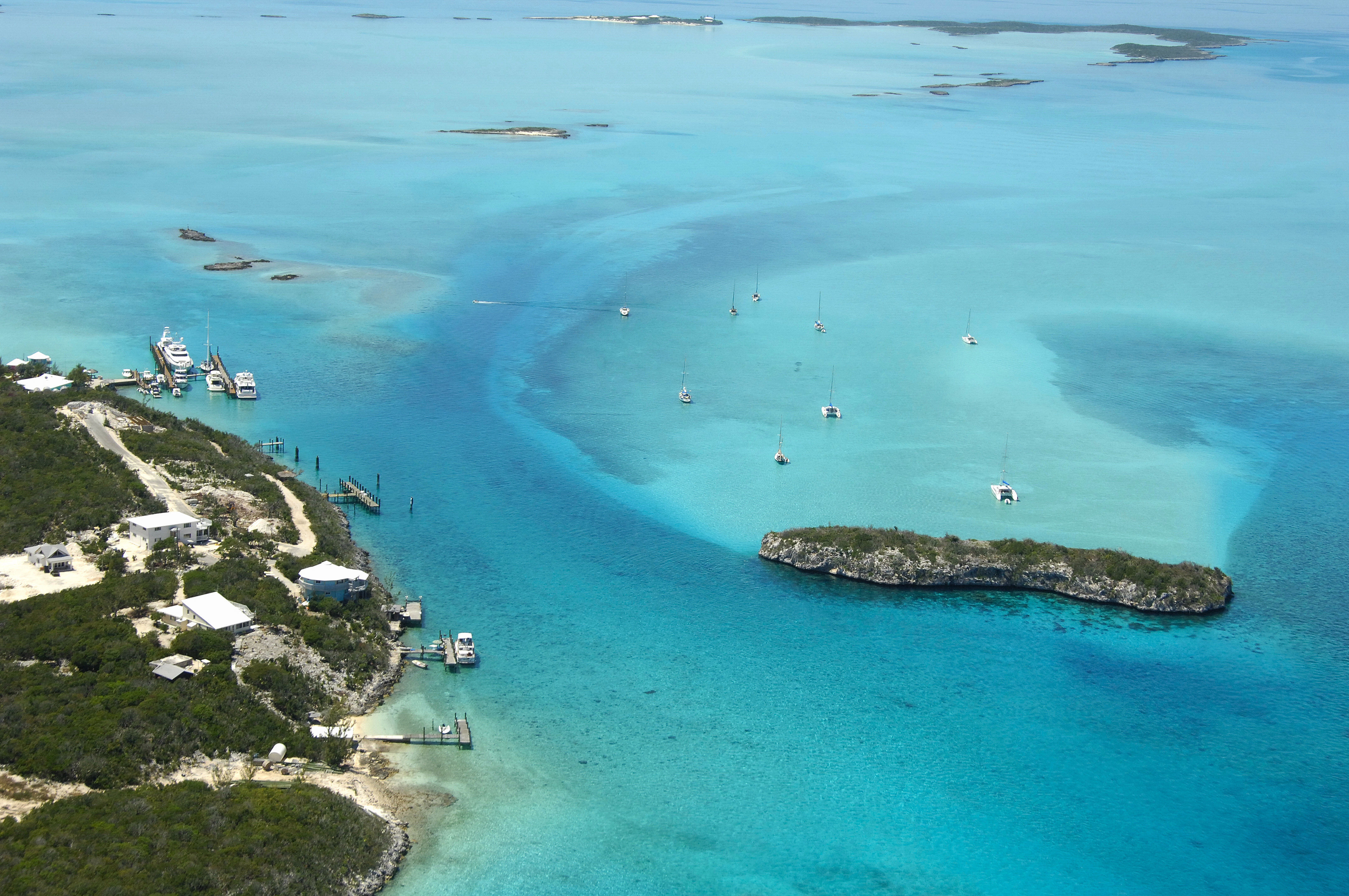 Staniel Cay Anchorage in EX, Bahamas - anchorage Reviews