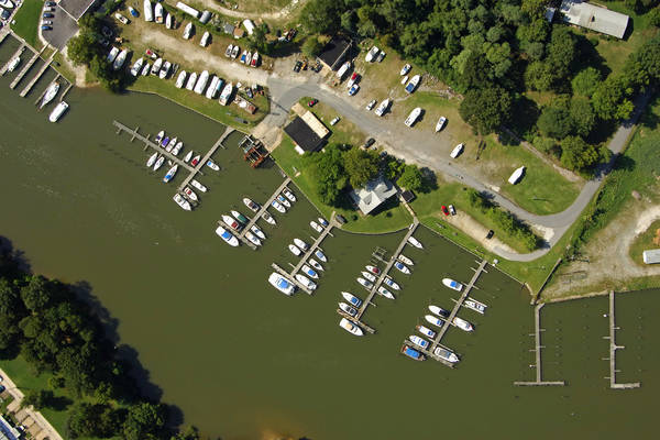 Middle River Landing Marina
