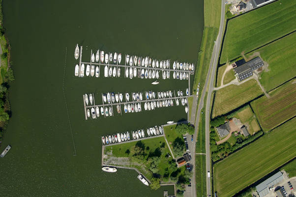 De Zeilhoek Yacht Harbour