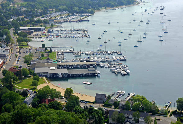 Walstrom Marine - Harbor Springs