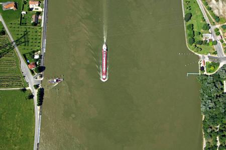 D143 Road Seine Ferry