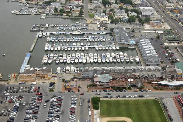 Shelter Harbor Marina