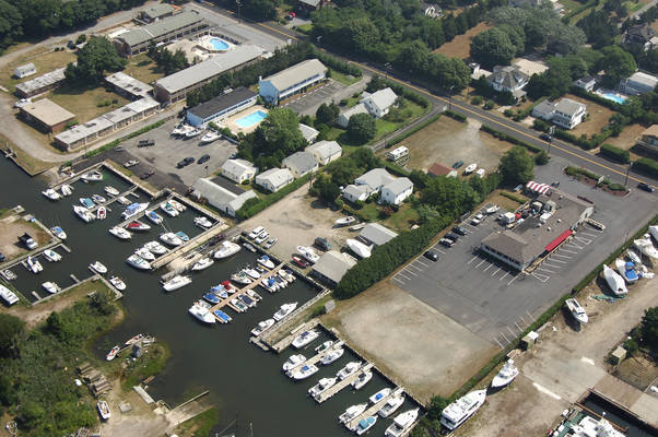 Mill River Boat Works