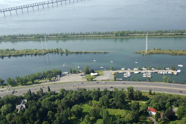 Saint Lambert Marina