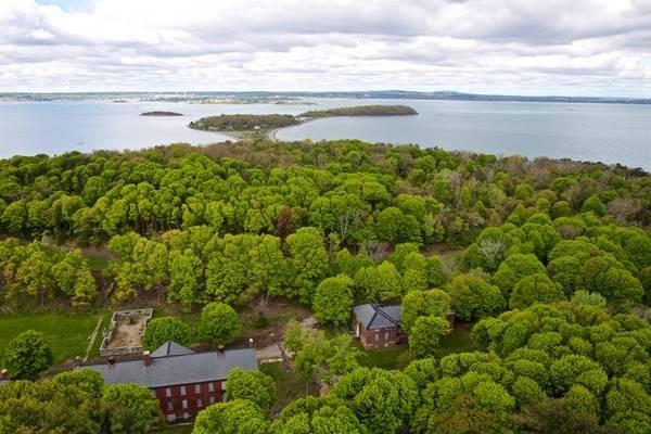 Boston Harbor Islands: Peddocks Island