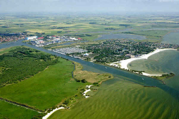 Makkum Harbor