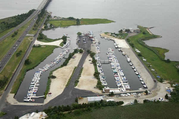 Causeway Boat Rentals and Marina