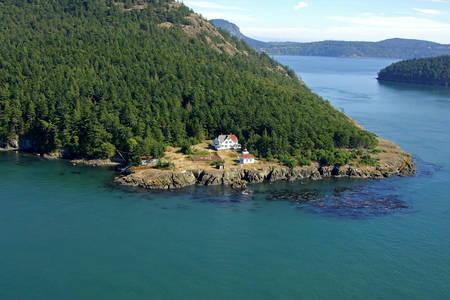 Burrows Island Lighthouse