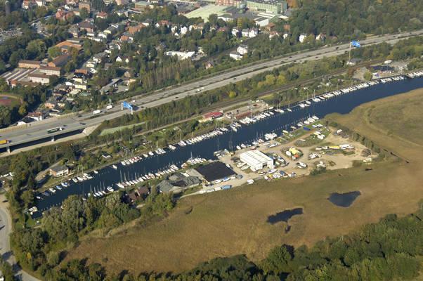Princess Yachthavnog Hansa Shipyard