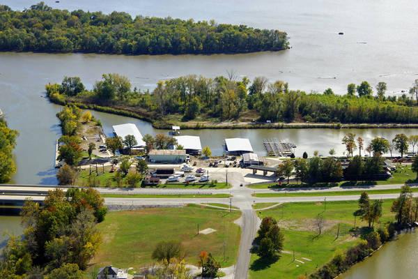Piasa Harbor Marina
