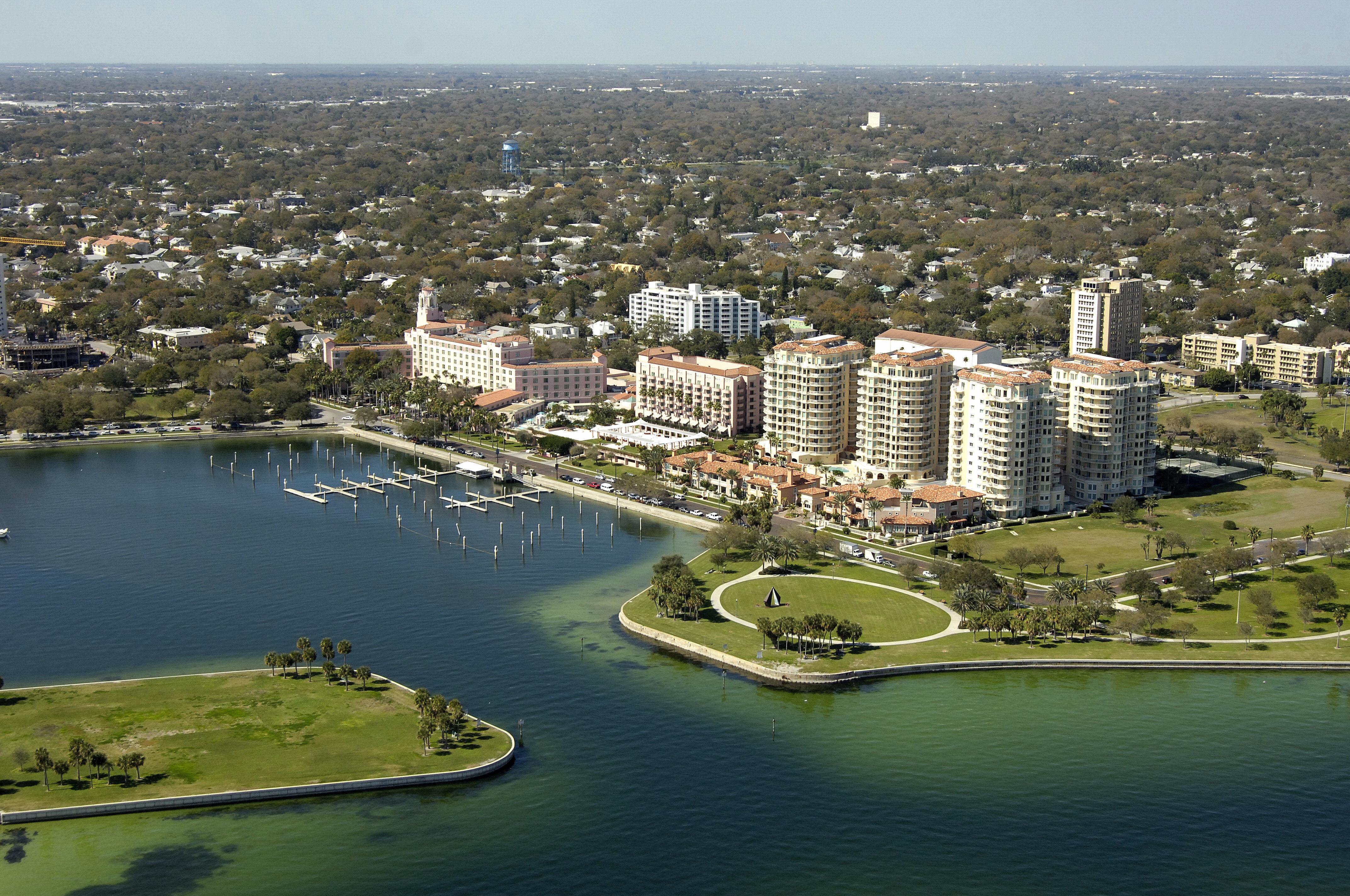 Vinoy Hotel St Petersburg Florida Restaurants