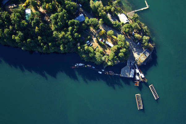 Saturna Point Store Fuel and Pub