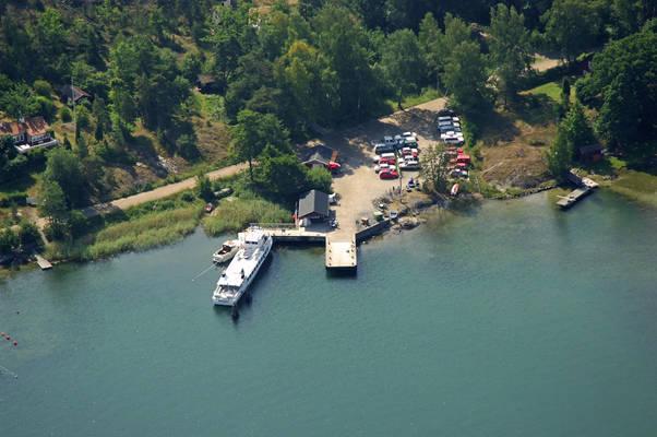 Uto Ferry