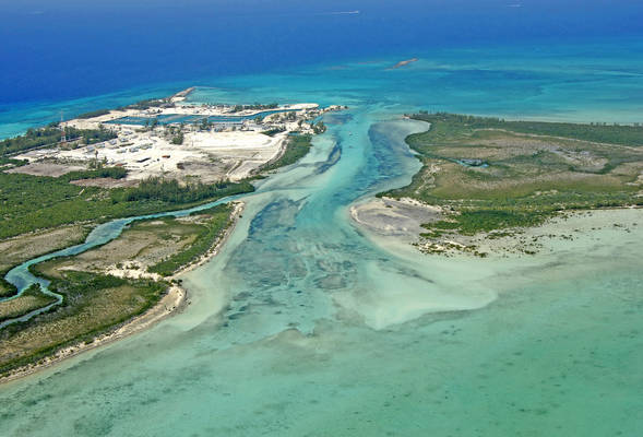 Crab Cay and Chub Cay Channel Inlet