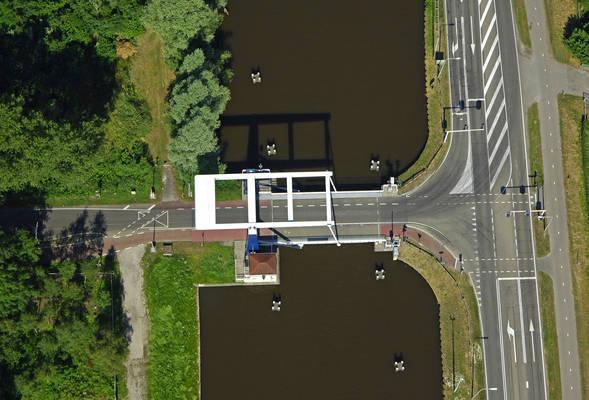 Winschoeterdiep Canal Bridge 1