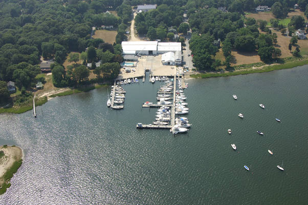 Coecles Harbor Marina & Boatyard