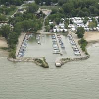 Knecht's Beach & Marina