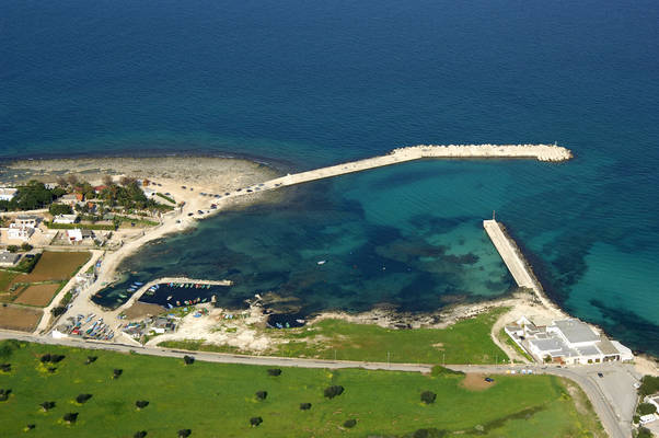 Polignano A Mare Cala Ponte Marina