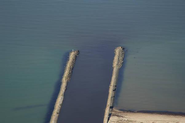 Aengelholm Inlet