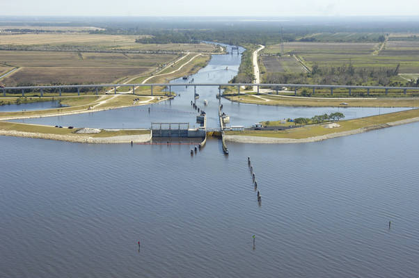 Port Mayaca Lock