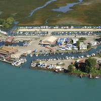 Deckers Landing Marina