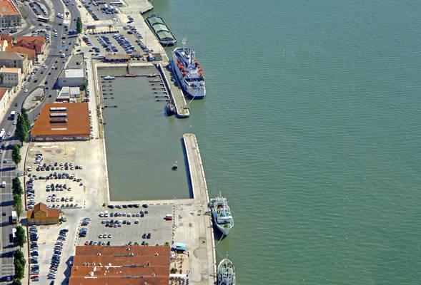 Alfama Marina