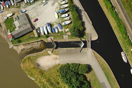 Fidlers Ferry Lock