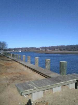 Mattituck Commercial Dock