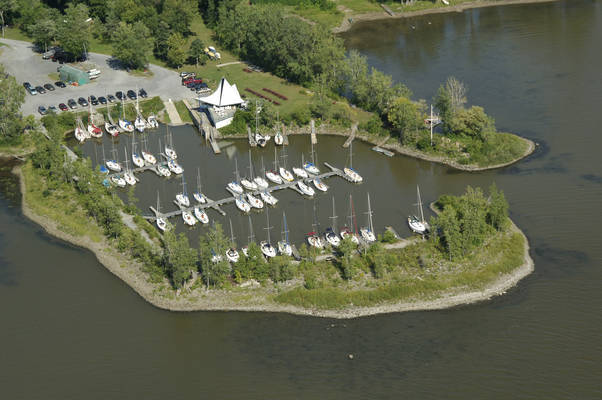 Club De Voile Senneville Yacht Club