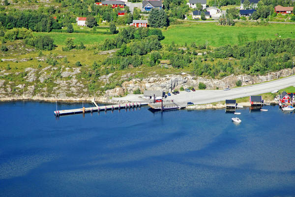 Tommervag Ferry