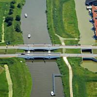 Zernike Bridge