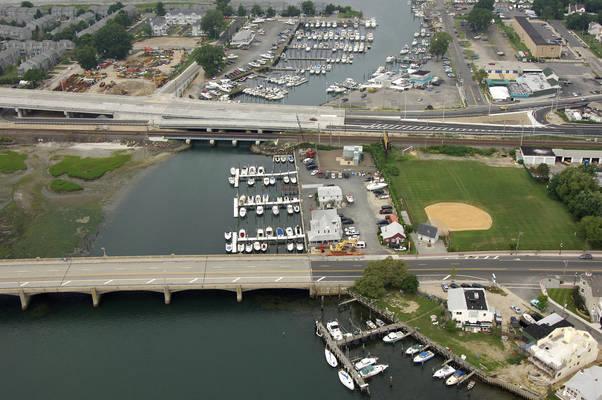 Deep Water Landing Marina