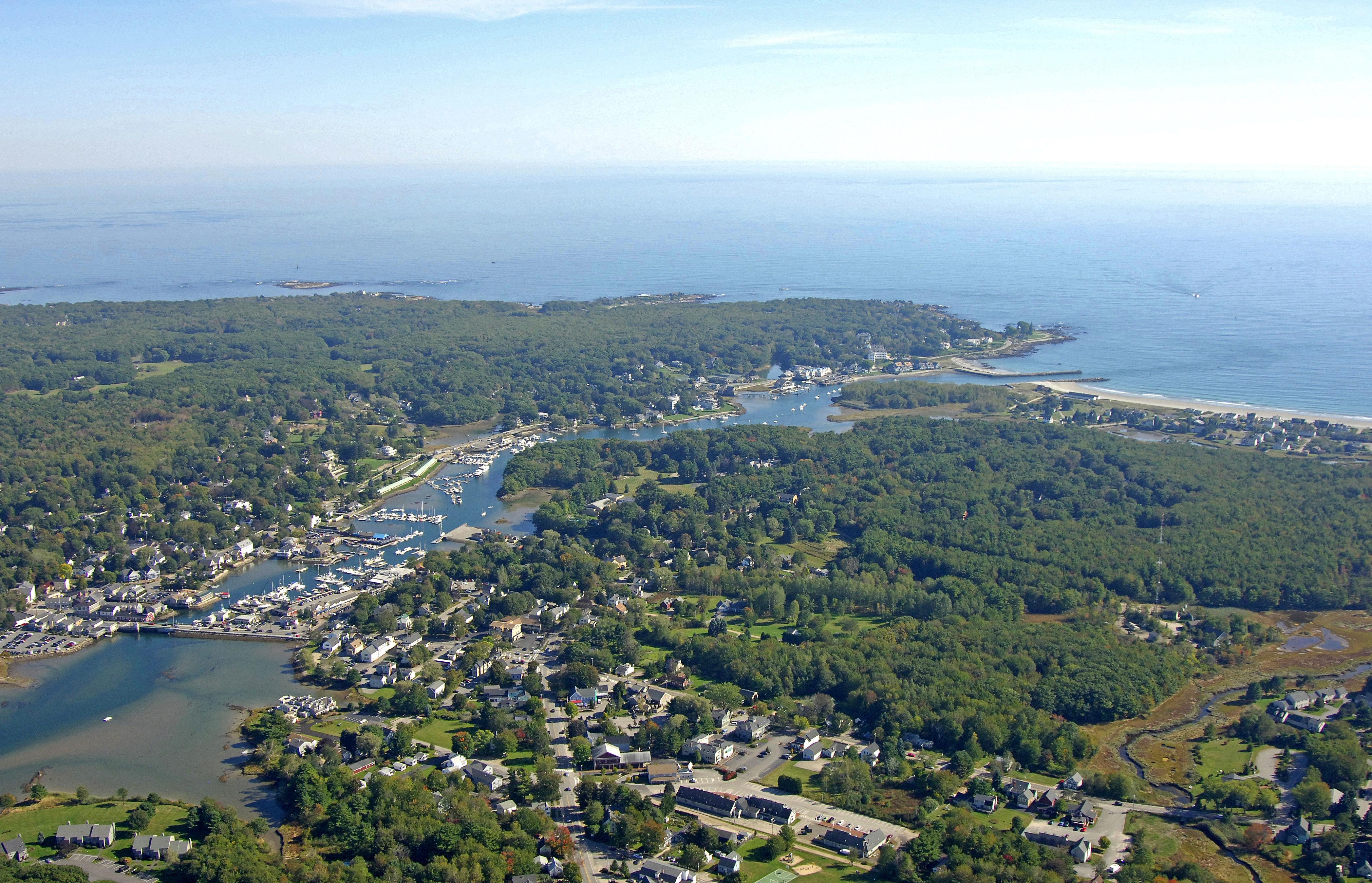 Kennebunkport Harbor In Kennebunkport Me United States Harbor